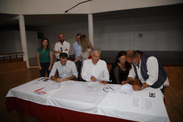 Pacto Ayt. de Tías PSOE,Lava y Podemos (11)