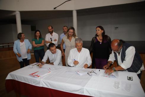 Pacto Ayt. de Tías PSOE,Lava y Podemos (12)