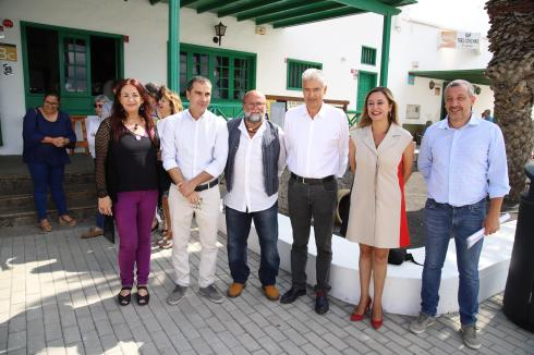 Pacto Ayt. de Tías PSOE,Lava y Podemos (31)